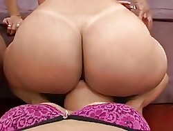 lesbian bum lick